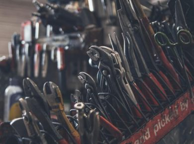 tools for trades people include car location tracker