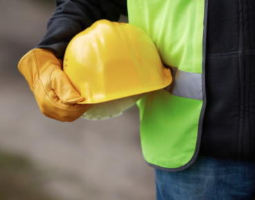 GPS device for car tracking is good for your construction business