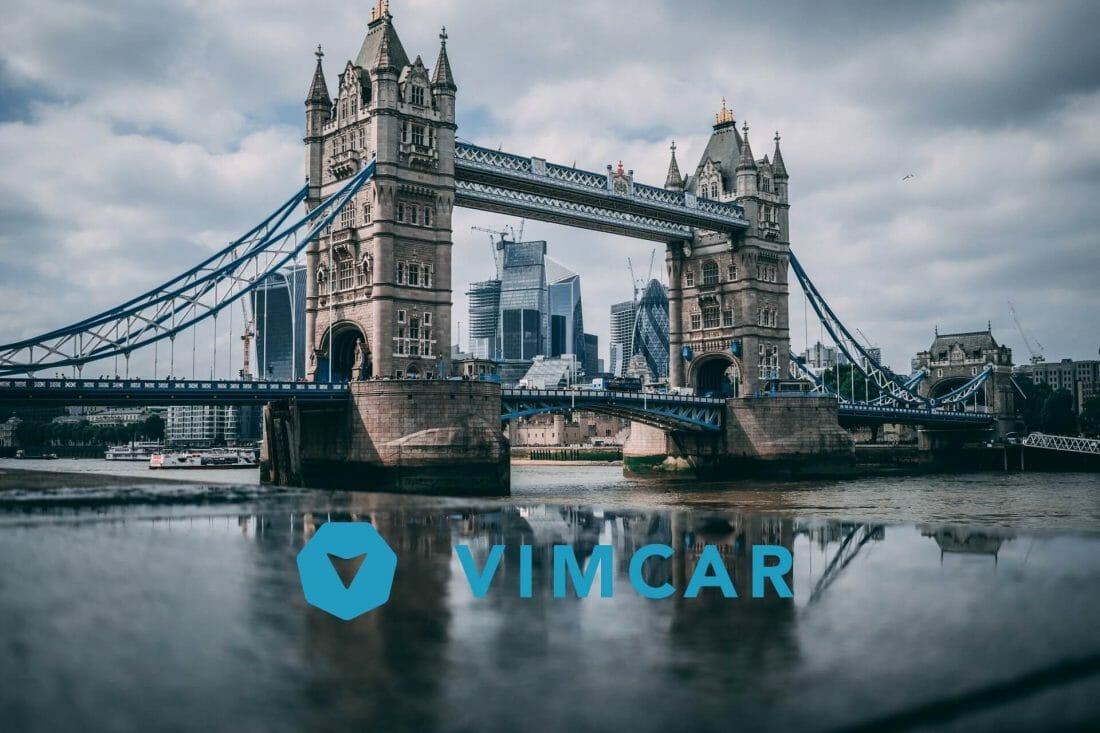 Vimcar Logo vor Tower Bridge